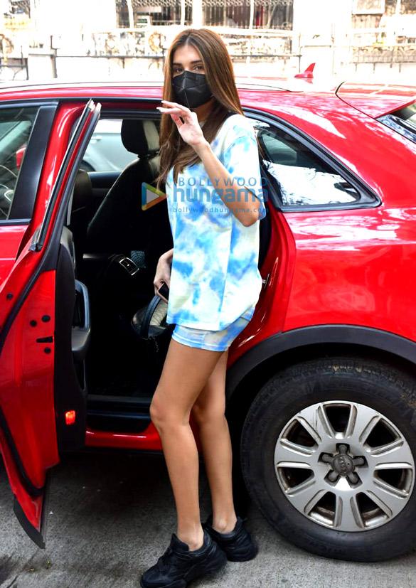 Photos Tara Sutaria spotted outside Mauh salon (1)