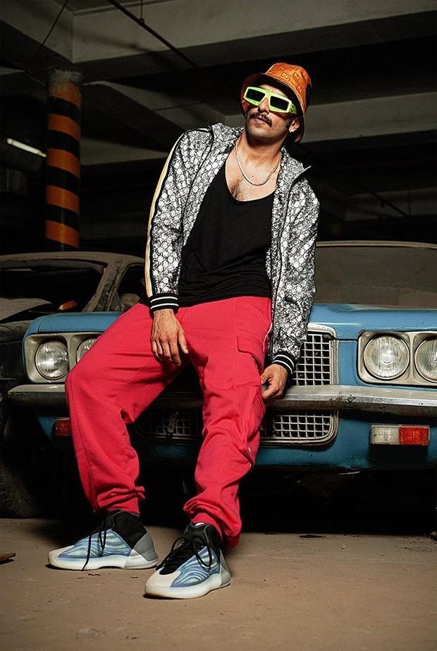 Ranveer Singh drove a convertible Ferrari worth Rs. 2.8 crores
