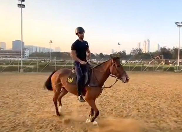 Vicky Kaushal rides a horse making us want a Desi version of Bridgerton