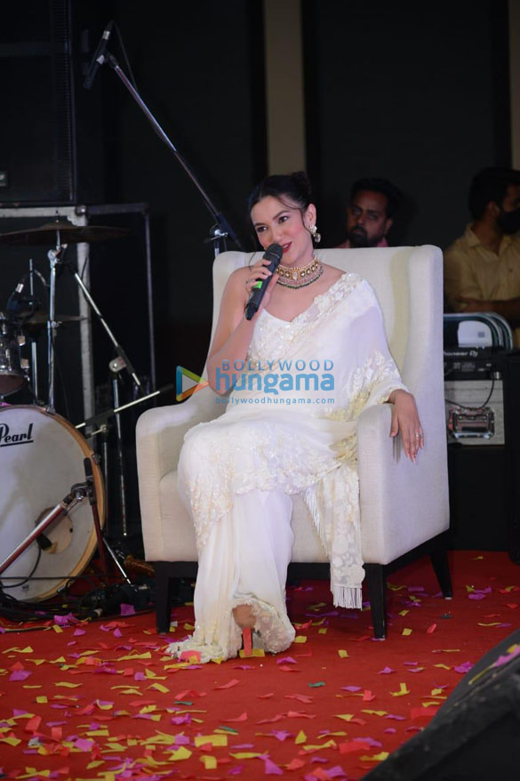 Photos Gauahar Khan spotted at the 3rd Anniversary celebration of the Park Holidays International in New Delhi (5)