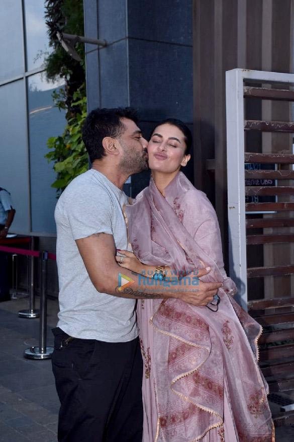 Photos Pavitra Punia celebrates birthday with Eijaz Khan (1)