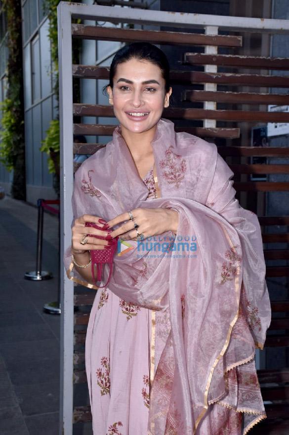 Photos Pavitra Punia celebrates birthday with Eijaz Khan (2)