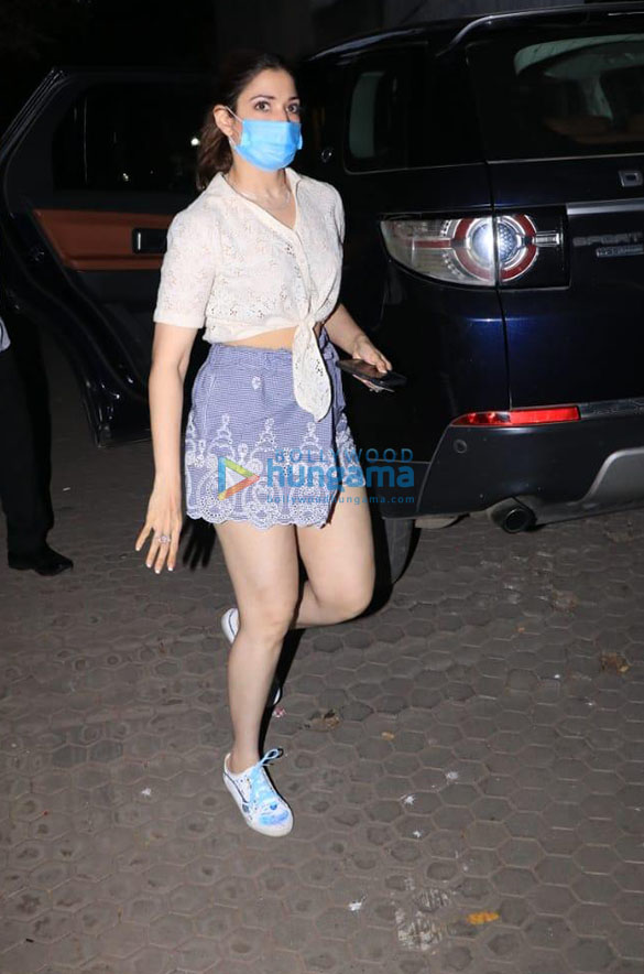 Photos Tamannaah Bhatia spotted at a clinic in Bandra (4)