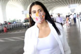 Spotted - Sara Ali Khan with mom, Tamannaah and Sunny Leone at Airport