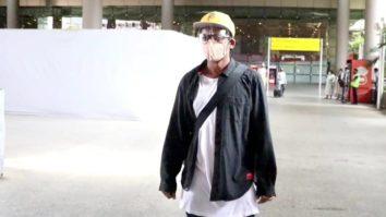 Spotted - Sunil Grover and Anushka Ranjan at Airport