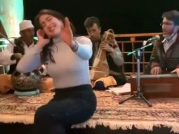 Sara Ali Khan's attempt at singing 'Dama Dam Mast Qalandar' will make you laugh