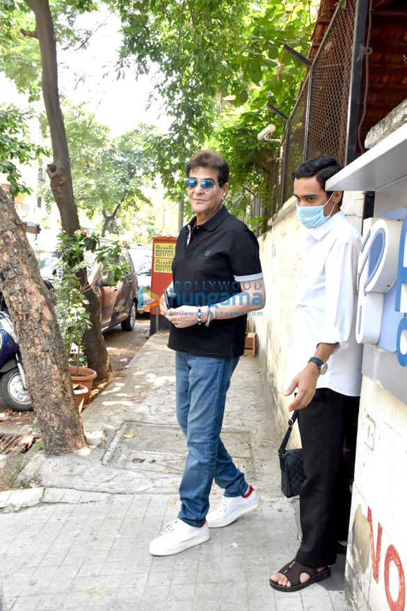 Photos: Jeetendra snapped at clinic in Juhu