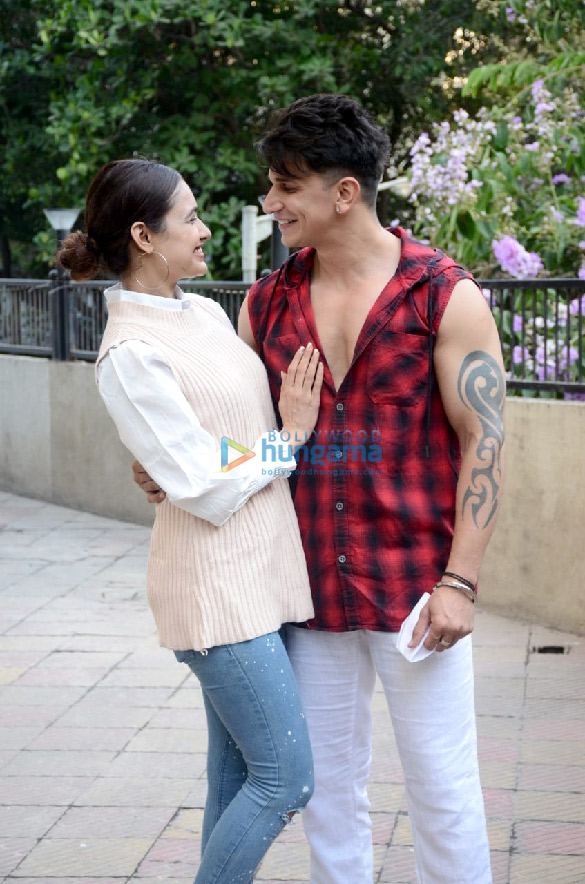 Photos Prince Narula and Yuvika Chaudhary snapped in the city (5)