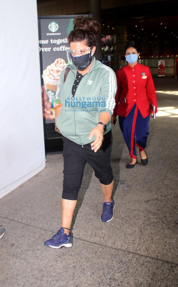 Photos: Sonnalli Seygall, Zoya Akhtar and Sahil Salathia snapped at the airport