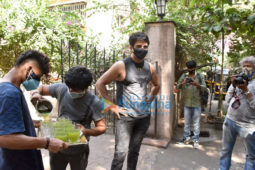 Photos: Sonu Sood snapped at his residence
