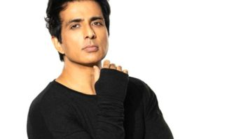 Sonu Sood and his team save 20-22 Covid-19 patients at ARAK hospital in Bengaluru in the middle of the night