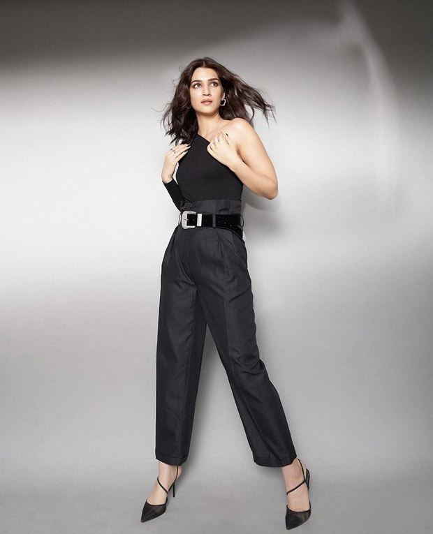 Kriti Sanon looks alluring in sexy one-shoulder top and black pants