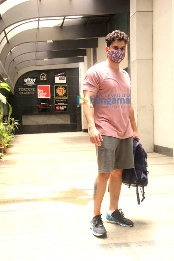 Photos Kunal Kemmu spotted at the gym in Khar (3)