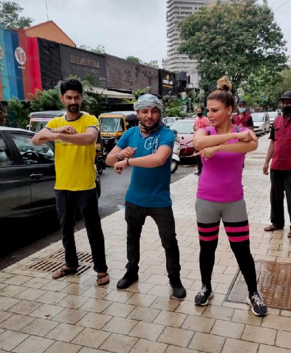 Rakhi Sawant snapped at the gym (3)