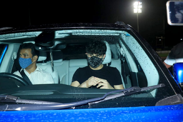 Tiger Shroff, Disha Patani, Ranbir Kapoor, Arjun Kapoor and others snapped during a football match practice clear (9)