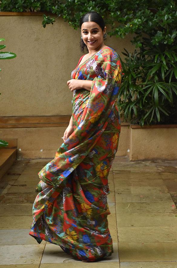 Vidya Balan snapped promoting her film Sherni (5)