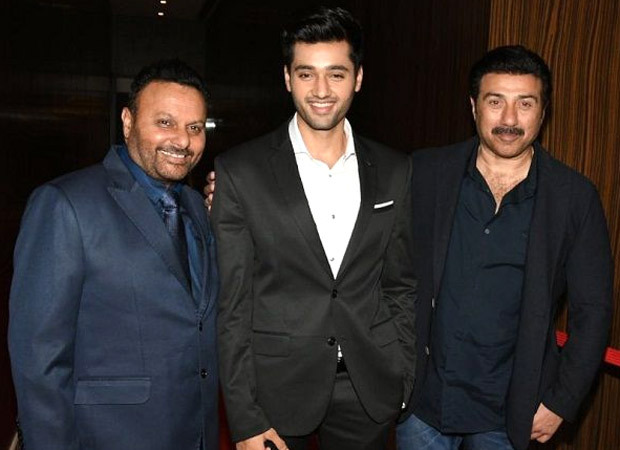 Gadar 2 to be about father-son goals; film will see Sunny Deol's Tara Singh journey to Pakistan (2)