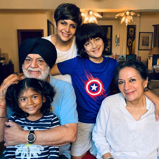 """""""Grateful for my Family and all the love, support and kindness"""", said Mandira Bedi as she expressed her gratitude towards her family"""