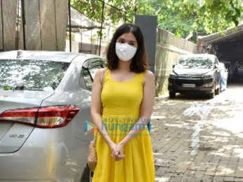 Photos: Divya Khosla Kumar snapped at a dubbing studio in Andheri