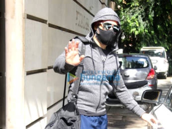 Photos: Emraan Hashmi spotted at the gym in Bandra