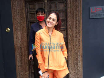 Photos: Genelia Dsouza spotted at the gym in Bandra