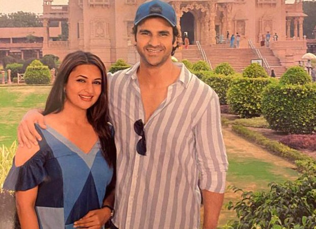 Vivek Dahiya visits Akshardham Temple along with Divyanka Tripathi to seek blessing after the releaseofState of Siege: Temple Attack