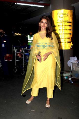 Photos: Pooja Hegde, Gauahar Khan and Zaid Darbar snapped at the airport