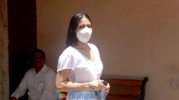 Photos: Sara Ali Khan spotted at her pilates class in Santacruz