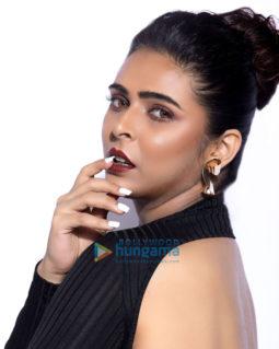 Celebrity Photo Of Madhurima Tuli