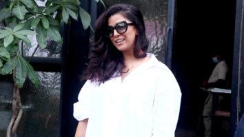 Snapped Nimrat Kaur at Pali Bhavan Cafe in Bandra, Mumbai
