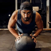 A fully transformed Arjun Kapoor flaunts his six-pack abs