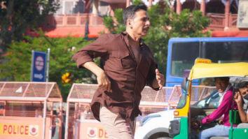 Akshay Kumar shoots for Aanand L Rai's Raksha Badhan at his birth place in Chandni Chowk, watch video