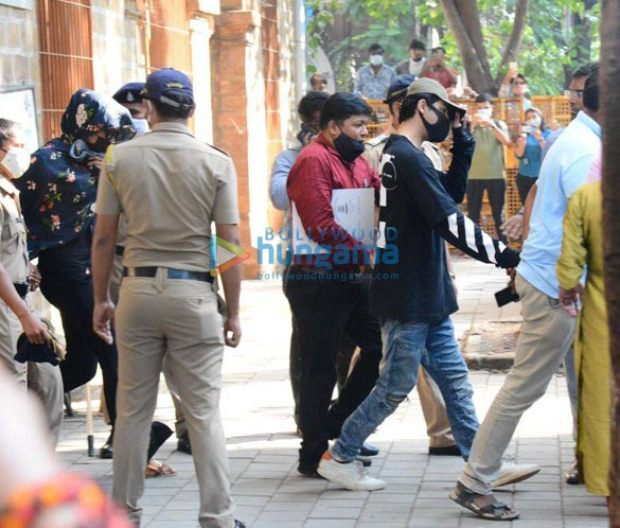 Shah Rukh Khan's son Aryan Khan clicked at NCB office amid drug bust controversy